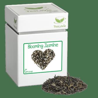 TeaLaVie-Teedose-diagonal-Haufen-Gruener-Tee-Blooming-Jasmine